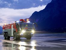 ROSENBAUER's third Austrian airport commission, a 3-axle PANTHER, has now been delivered to Innsbruck Airport