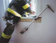 The Ryan Escape Bar in action - the company will be exhibiting their multi-purpose forcible entry tool at FDIC in April