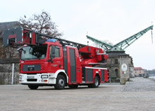 The Würzburg State Fire School's new Metz L32 - the aerial ladder was delivered in December 08
