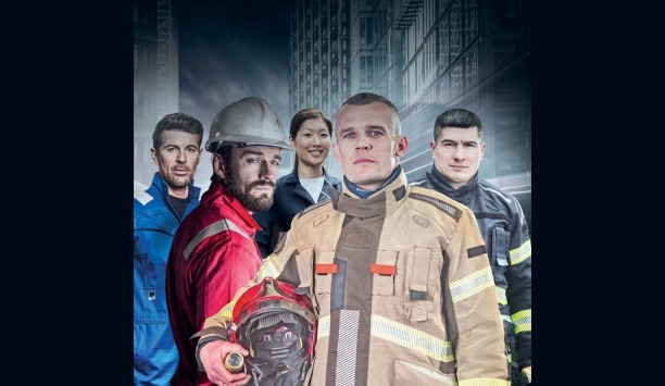 Ballyclare Displays New Range Of Pionér And Xenon Fire Garments At A+A 2017