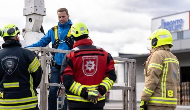 Bronto Skylift And Finnish Rescue Association Organizes Training Event On The Operator's Day
