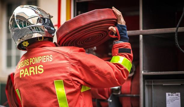 Paris Fire Brigade Uses ORALITE FTP 2100 Prismatic Reflective Tape For Their Firefighters' PPE Gear