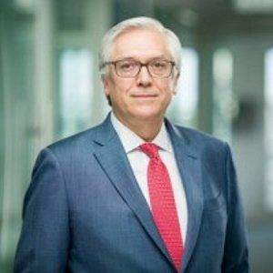 Andrés Gluski