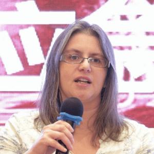 Dr Katherine Lamb