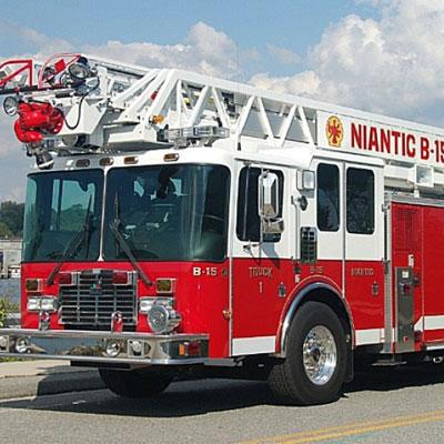 Custom Fire Apparatus, Inc. UT100 100' Rear Mount Aerial ladder