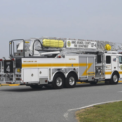 E-ONE CR 100 750-lb. capacity for firefighters
