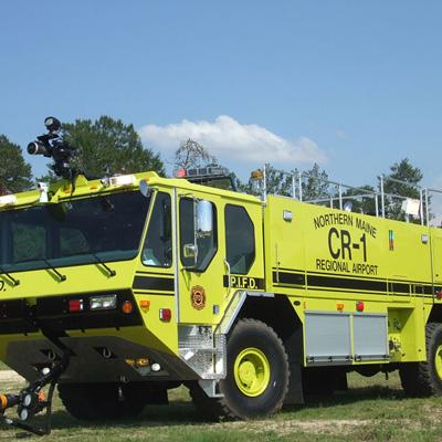 E-ONE THE TITAN FORCE® 4 X 4 665-HP cummins QSX engine