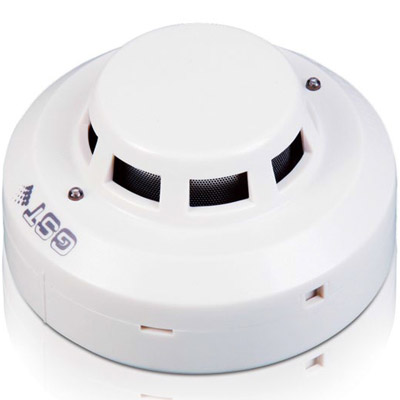 GST C-9102 photoelectric smoke detector