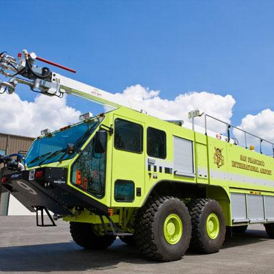 Oshkosh Striker 4500 ARFF truck with caterpillar diesel engine